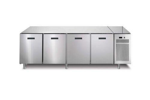 SP7A85C-vriezen-koelwerkbank-vrieswerkbank-4deurs-zonder-werkblad-afinox
